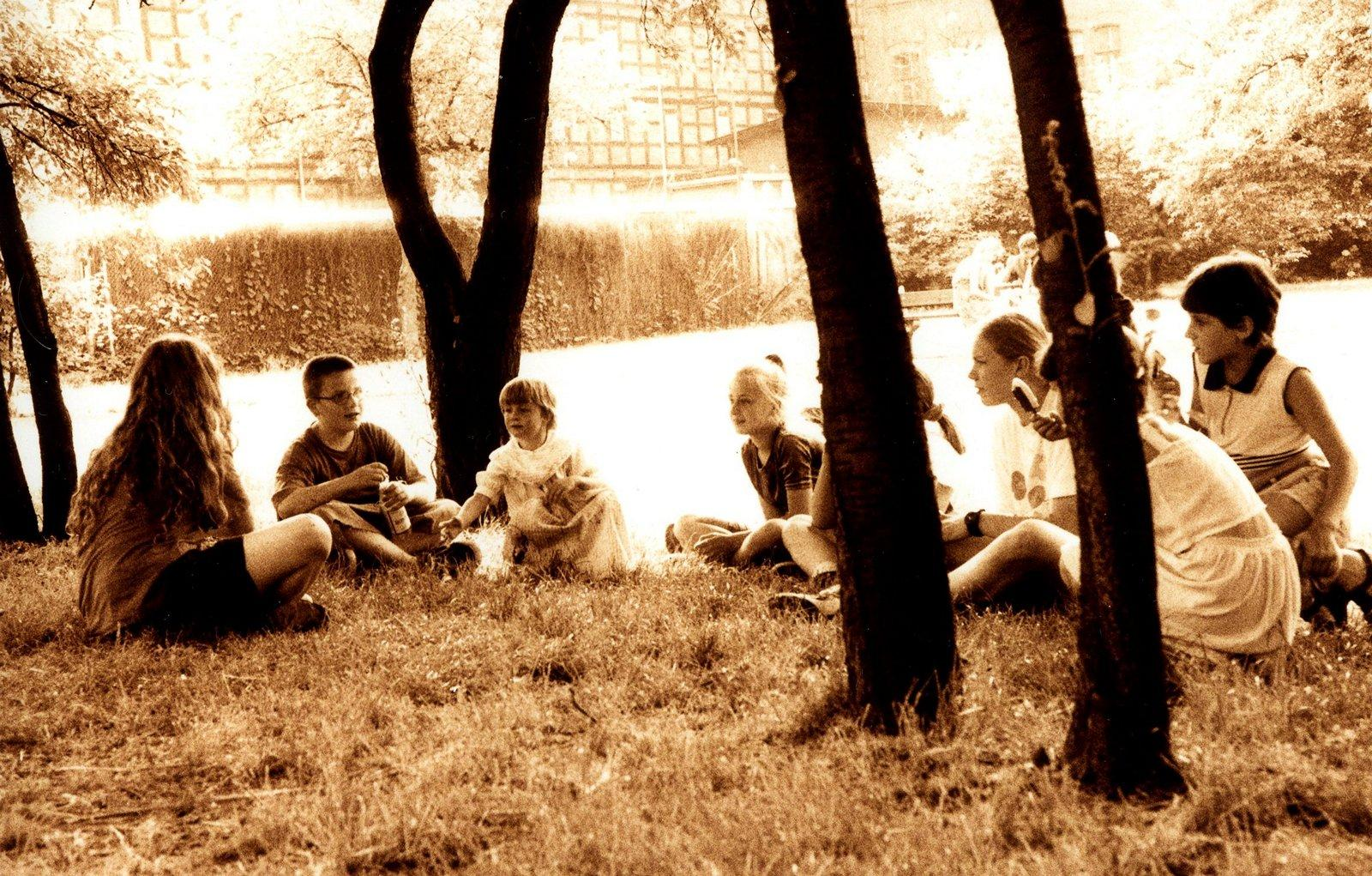 Dzieci, które już dorosły – ogródek na Wyspie Młyńskiej, 2000