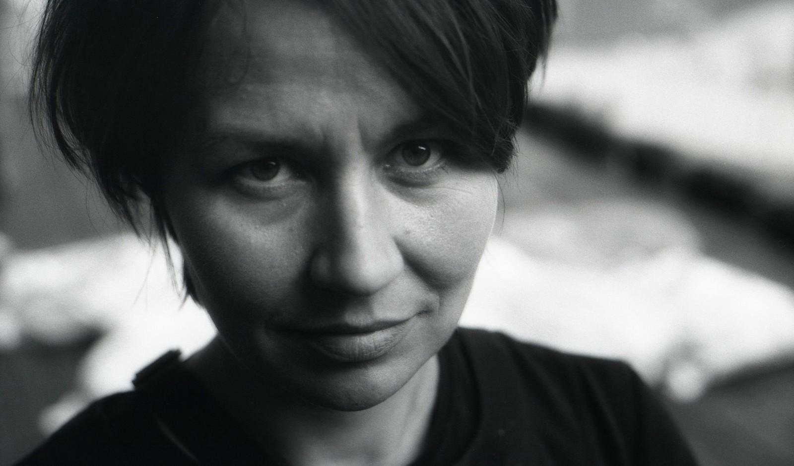 http://mozg.nazwa.pl/mozg_art_pl/archiwum/import/zbyziel/E_Jabłońska-fot_ZbyZiel-2012_08_26-013.jpg
