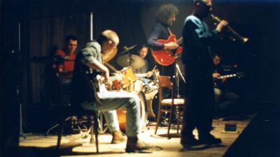http://mozg.nazwa.pl/mozg_art_pl/archiwum/import/zbyziel/koncert-J_Buhl-S_Janicki-T_Hesse-T_Gwincinski-J_Zdunek-R_Tumanski.jpg