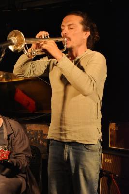 Luis Vicente Improvised Trios